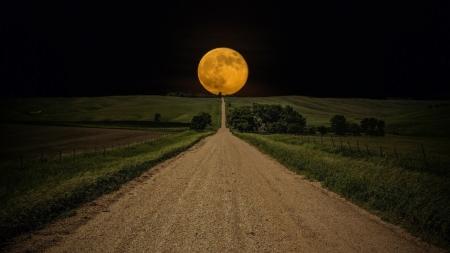 Chandra Namaskar: Super Moon
