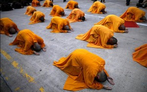 Vesak: Buddhist Monks